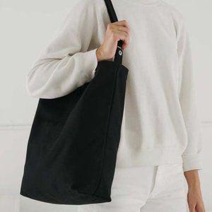 Classic Black BAGGU Duck Bag